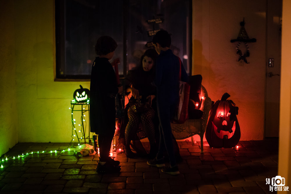halloween-documentary-family-photography-so-you-by-erica-sue-4562.jpg