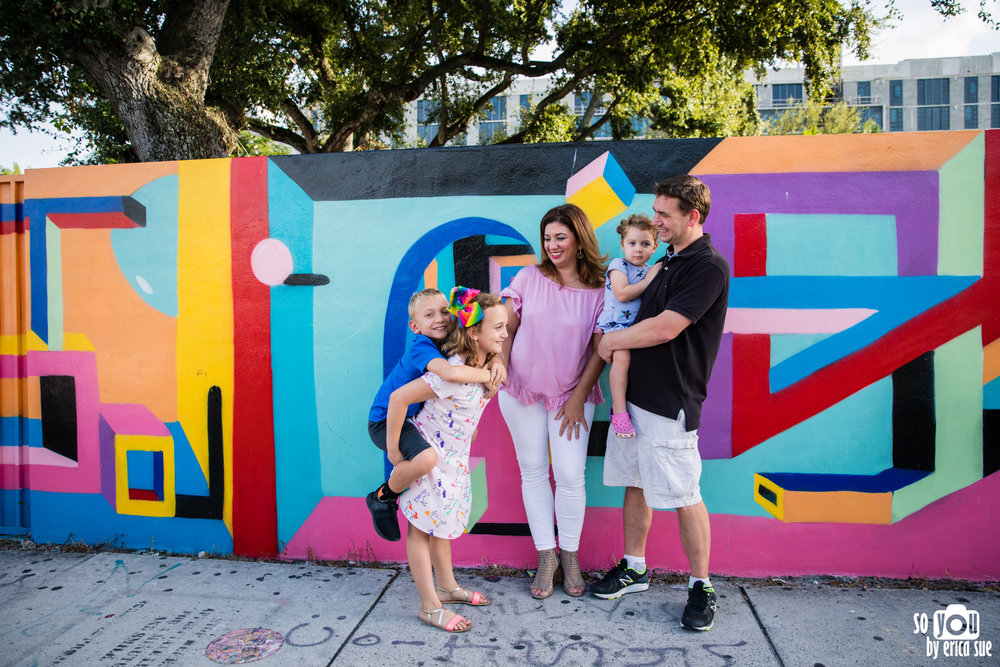 wynwood walls family photo session