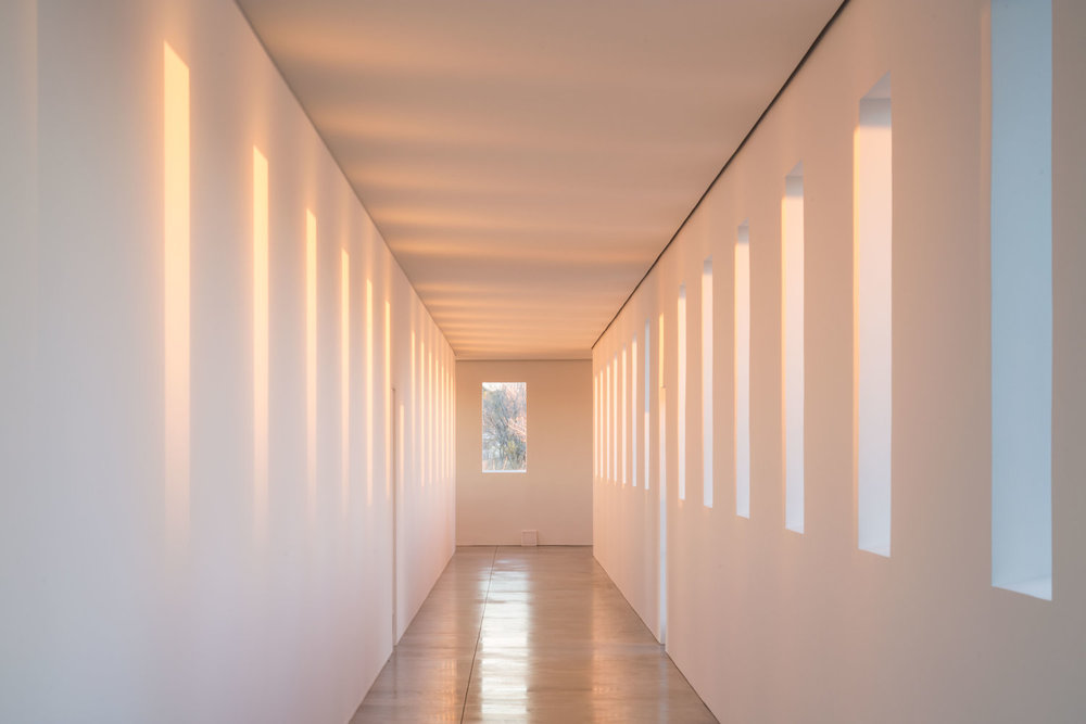 Robert Irwin, untitled (dawn to dusk), 2016. Photo by Alex Marks. Courtesy of the Chinati Foundation and Robert Irwin.