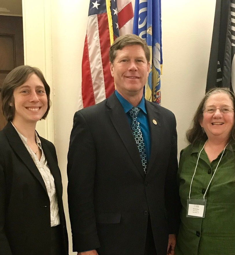 NOC members Lauren Langworthy (Midwest Organic and Sustainable Education Service) and Harriet Behar (NOC Advisor) meet with Representative Ron Kind (D-WI), who co-chairs the House Organic Caucus.