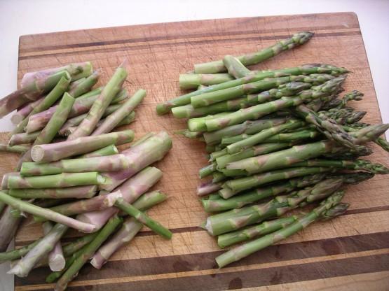 preparing-asparagus