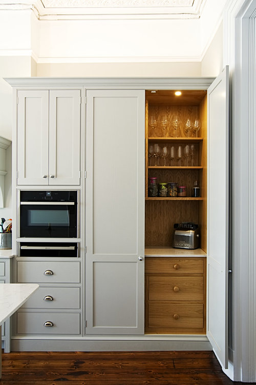 pantry_bespoke_kitchen_cheltenham.jpg