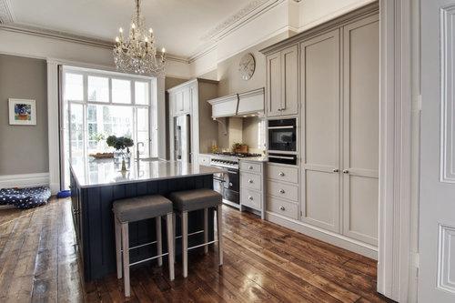 complete_bespoke_kitchen_cheltenham.jpg