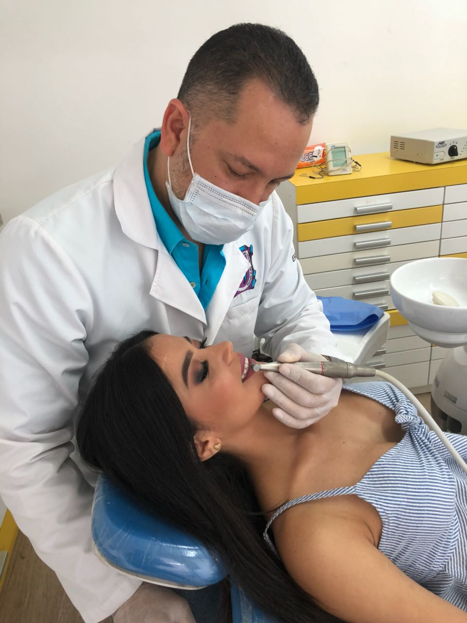 How to find the best Colombian dentist for your cosmetic dental work 5
