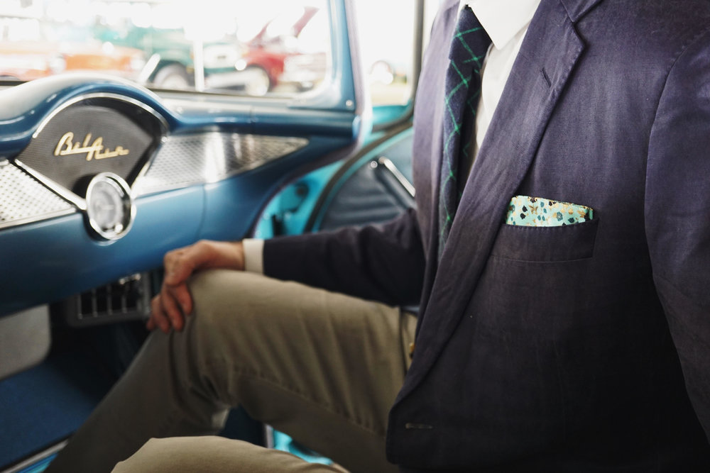 How to style your pocket square?