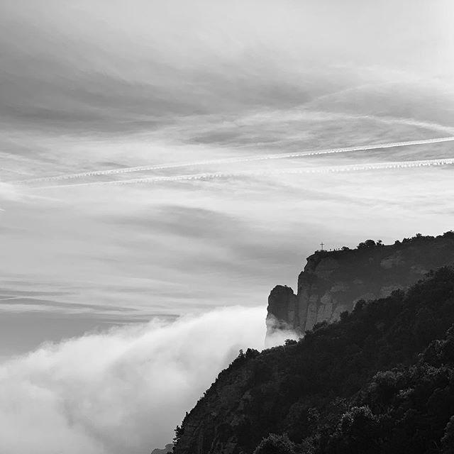 Our last day, we spent the morning overlooking Montserrat mountain views, an hour outside Barcelona. The clouds rolled creating a moody, atmospheric vibe that called for #bwphotography. #montserrat #spain #theview