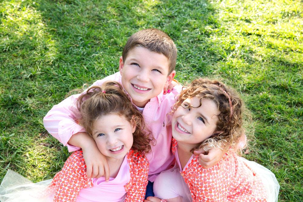 Family Photoshhot in D.U.M.B.O Brooklyn NY