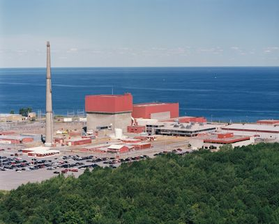 The FitzPatrick nuclear power plant on Lake Ontario was due to close in 2015, but remained open under new ownership and a state-sponsored 'zero-emission' production credit program. (Nuclear Regulatory Commisison)
