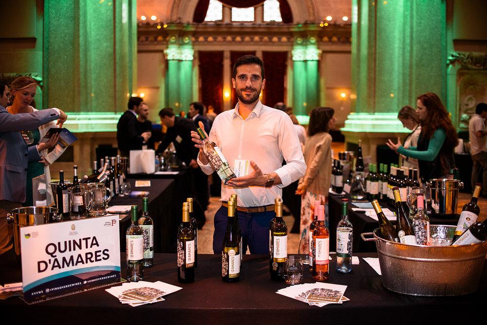 VV_USATT_Cheersing wine.jpg