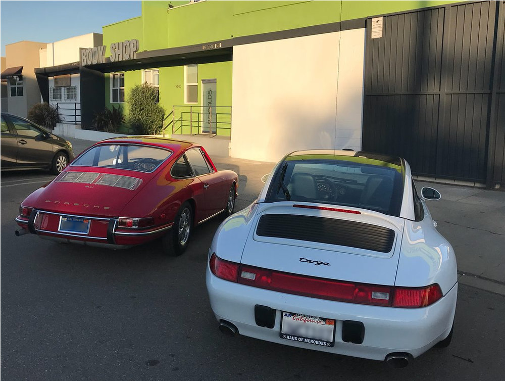 Porsches blurred.jpg