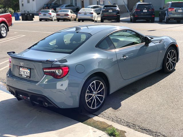 Factory-like repairs completed on a 2018 Toyota GT86. We're providing unsurpassed service and free estimates all summer long☀️ . . . . #ronaldsautobody #collisionrepair #oemparts #bodyshop #toyotagt86 #toyota #sunshine #losangeles #beverlyhills #culvercity #santamonica #westhollywood #hollywood #venice #quality #value #unsurpassedservice