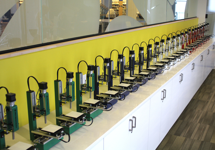 A round of 30 Mini Metal Maker Pro machines before shipping