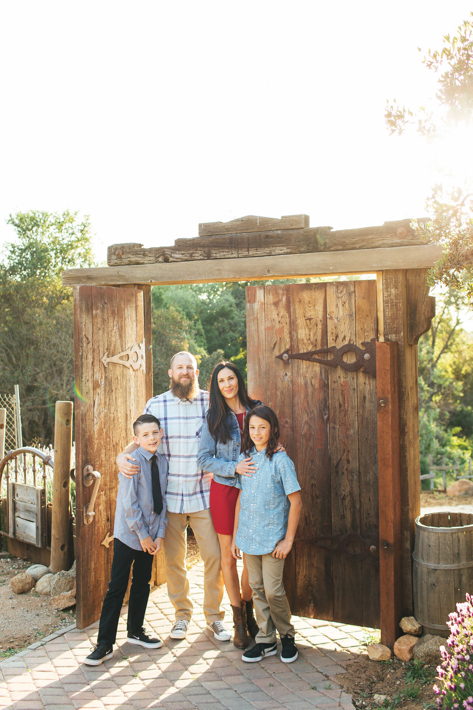 Berg Family + 208j rep.jpg