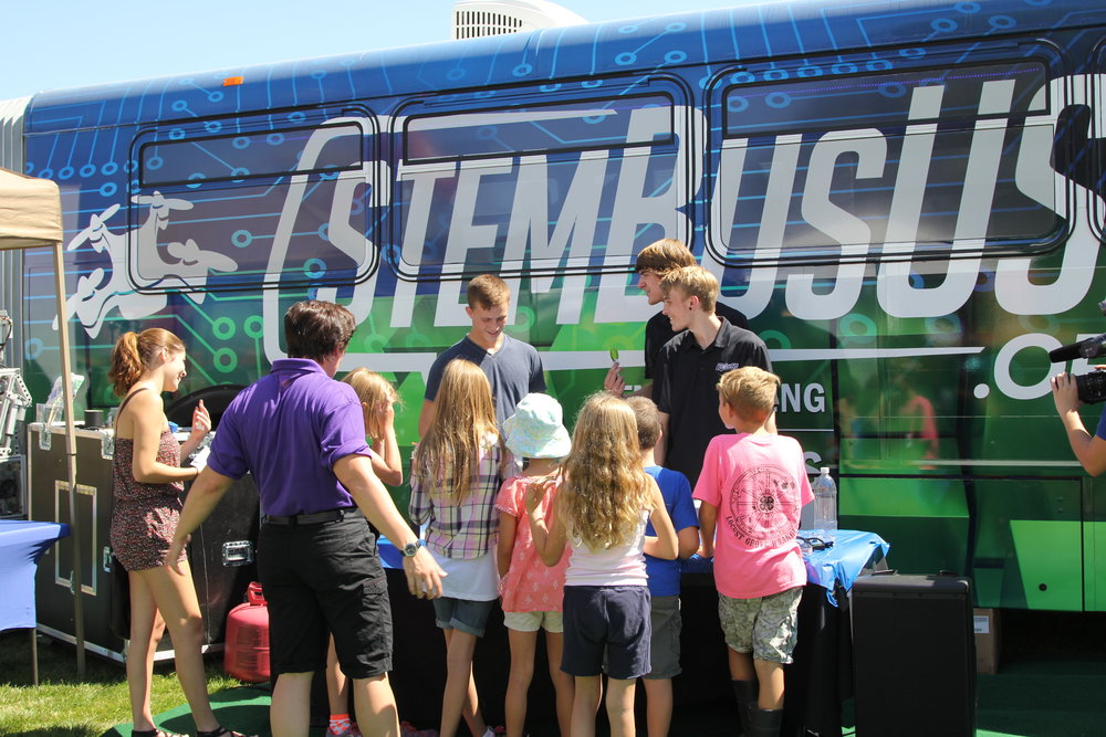 STEM Bus Science Experiments