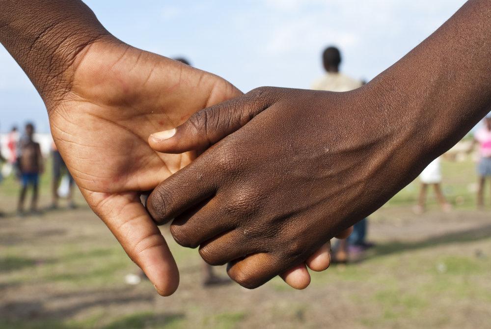 Ensemble pour batir   Fondation Enfant Jesus    À propos