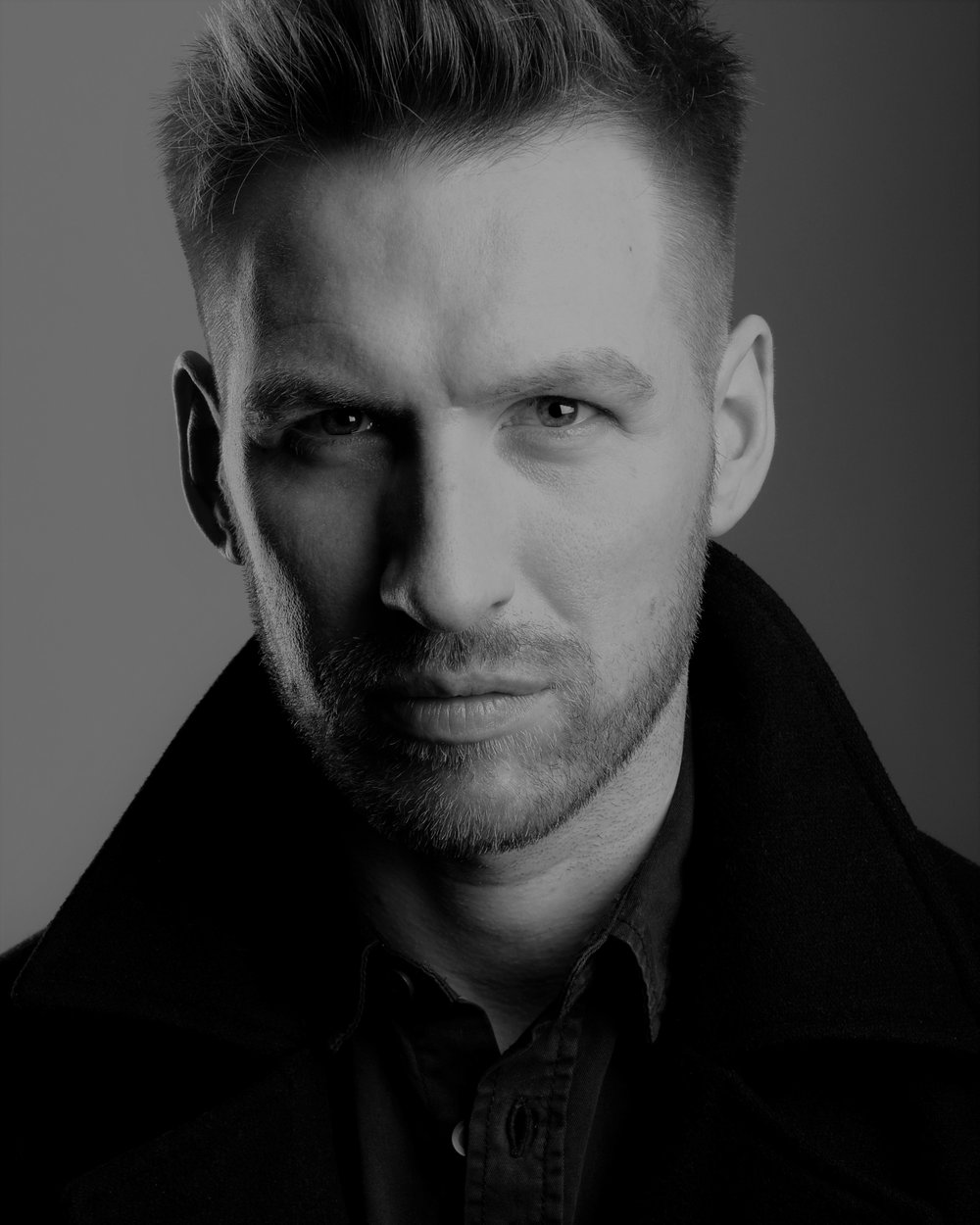 William de Coverly - B&W Headshot 2017 #1.jpg
