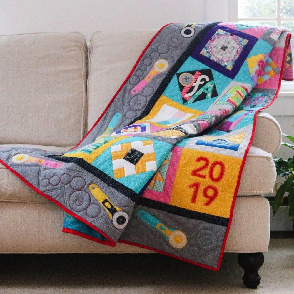 Photography: Kitty Wilkin /Quilt Design: Roseann Kermes / Editor: Elizabeth Beese / Machine Quilter: Marilyn Kidd