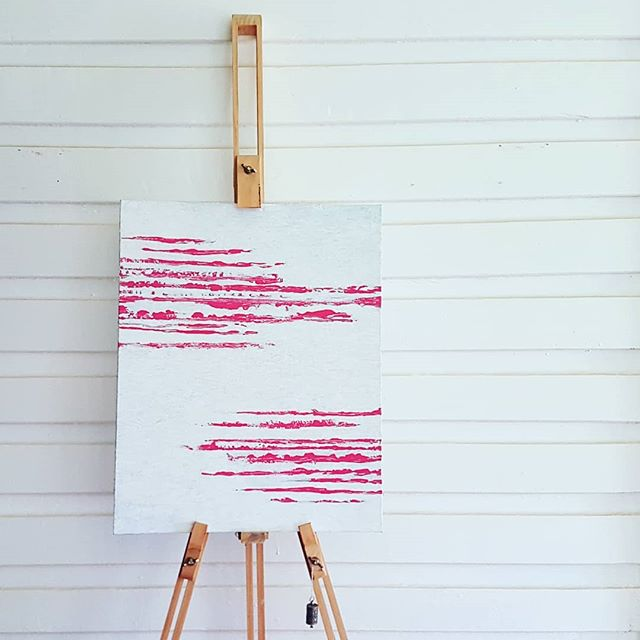 I did an art.  #oneartplease #keepitsimple #turbulence #texture #pink #white #easel #nervous #energy