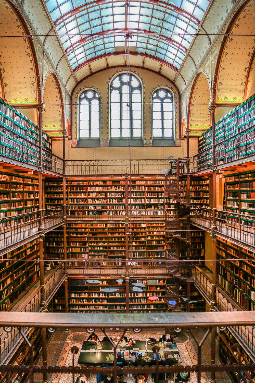 Library_inAmsterdam.jpg