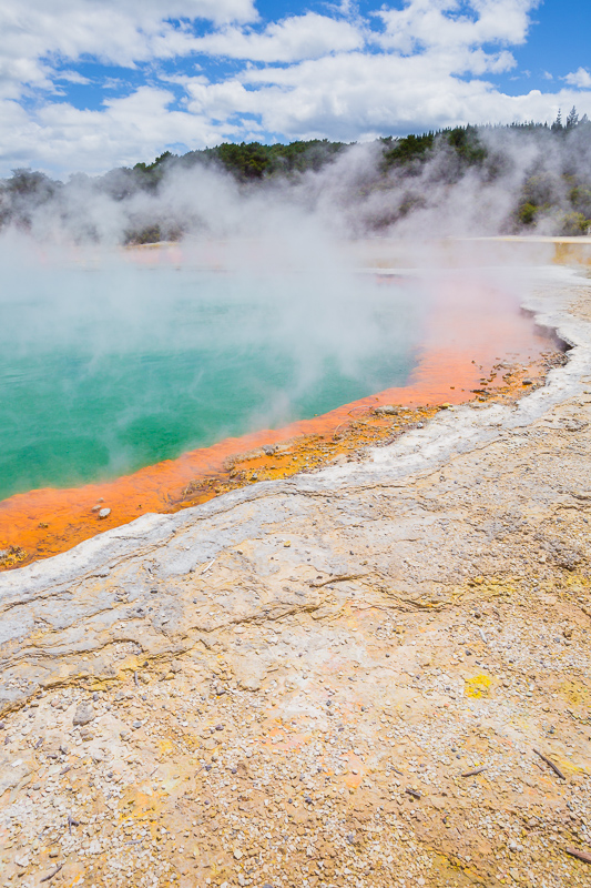 rotorua-champagne-pool-geothermal-activity-wai-o-tapu-thermal-wonderland-amalia-bastos-photography.jpg