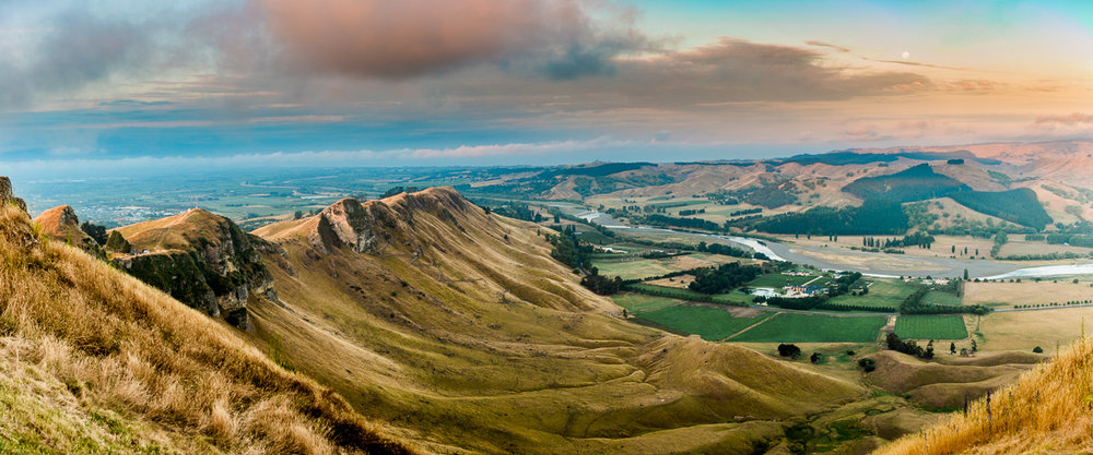 panorama-te-mata-peak-sunset-sky-amalia-bastos-new-zealand-north-island-travel.jpg