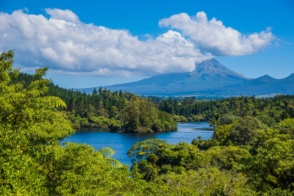 mt-taranaki-view-new-plymouth-north-island-nz-photography-travel.jpg