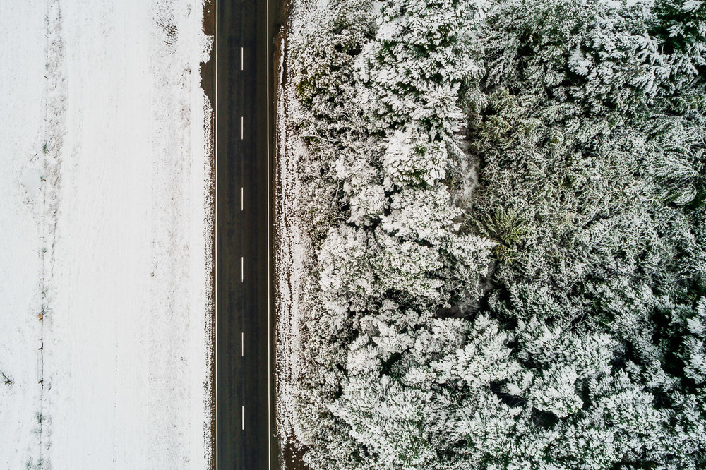 road-snow-snowing-dji-lake-tekapo-mount-cook-roadtrip-travel-autumn-cold.jpg