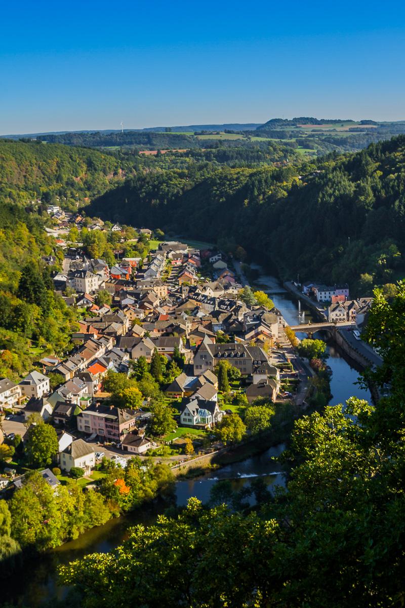 houses-village-town-europe-vianden-travel-roadrip-EU-luxembourg.jpg