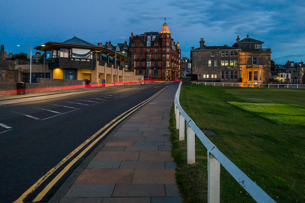 st-andrews-university-scotland-UK-scottish-town-village-city-photographer-night-evening.jpg