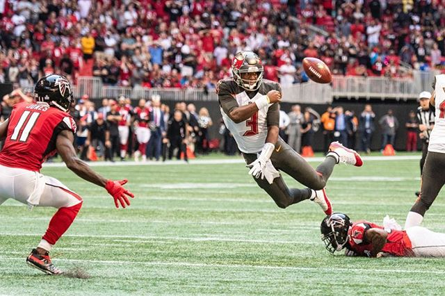 What a crazy ending to the game yesterday! #bucslife #buccaneers #falcons #ATL #nfl #sports #football #auburn #stadium #mercedesbenz #juliojones #jamieswinston #riseup #photography #nikon #exciting #crazy #close #sportsphotographer #atlanta #atlantafalcons #diving #tackle #footballseason #professional #igers #nikonphotography
