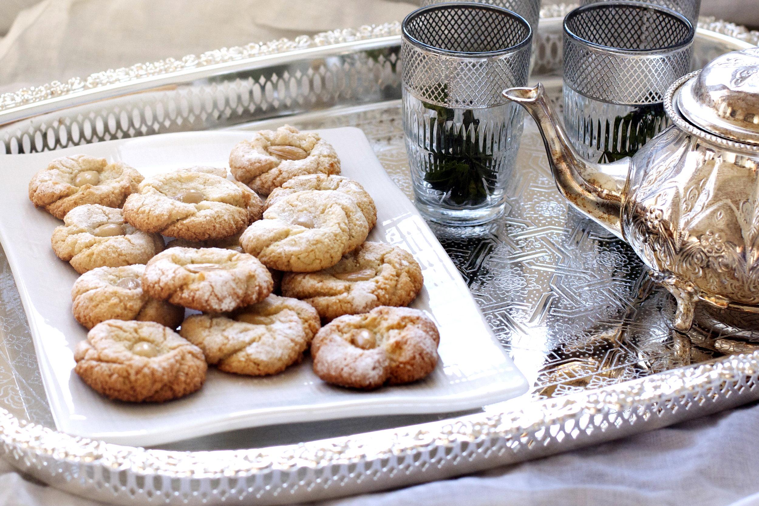 Mlouwza aka Traditional Moroccan Almond Cookies | Ruby Josephine