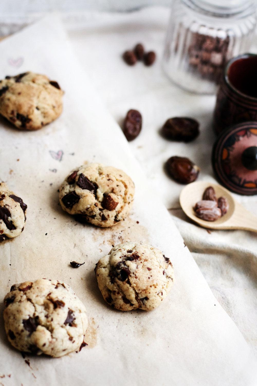 Dark Chocolate, Date + Salted Almond Cookies | Ruby Josephine