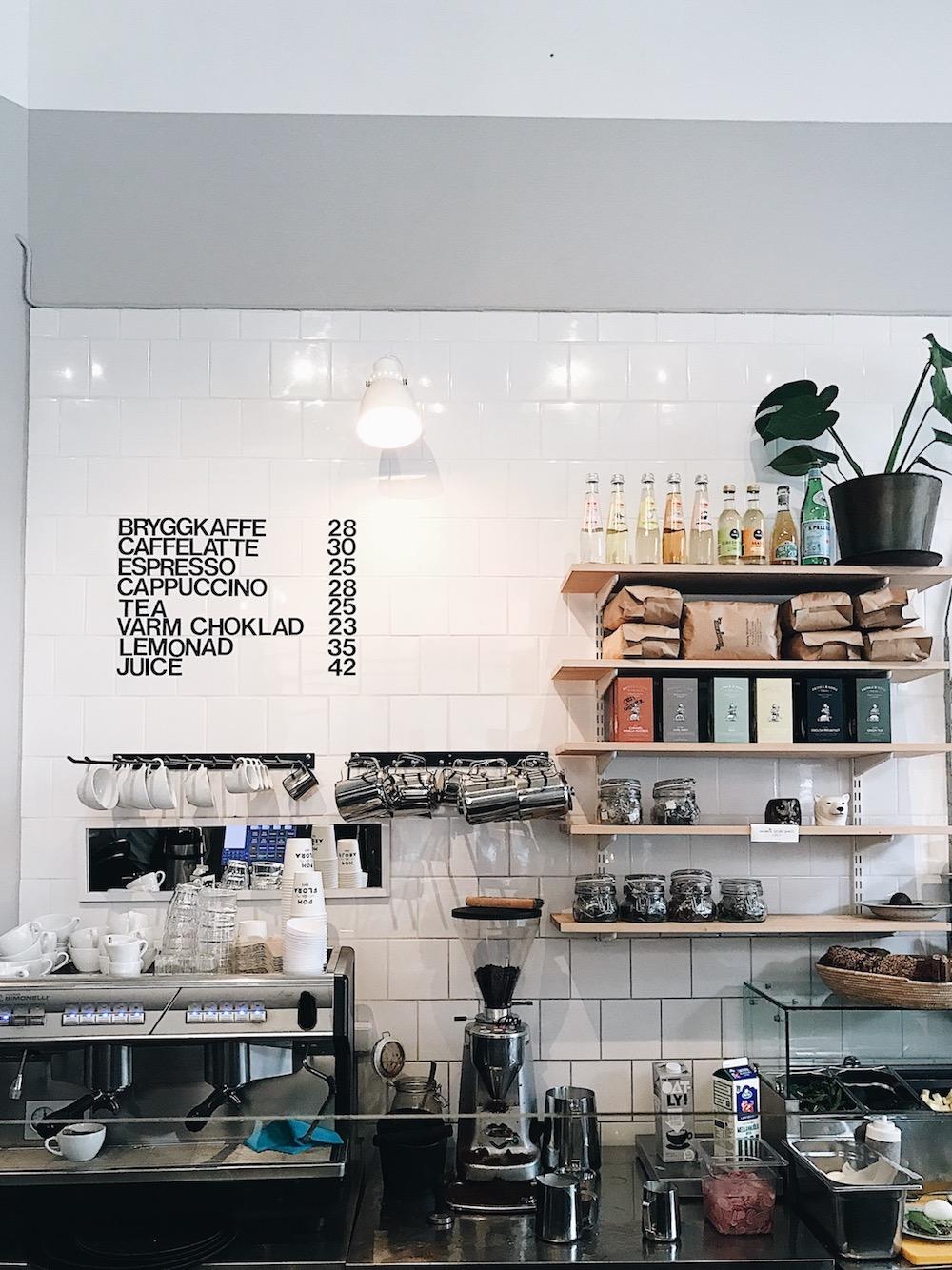 Pom & Flora Cafe