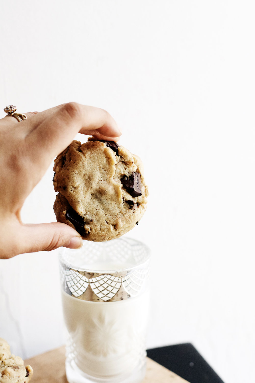 Brown Butter + Roasted Cashew Dark Chocolate Chunk Cookies | Ruby Josephine