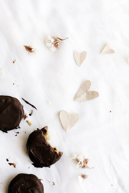 Dark Chocolate + Orange Blossom Date Caramels (vegan + gluten-free) | Ruby Josephine