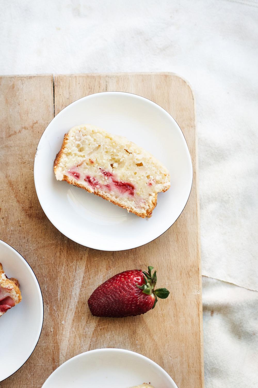 Strawberry Lemon Yogurt Cake {dairy free + vegan options} | Ruby Josephine
