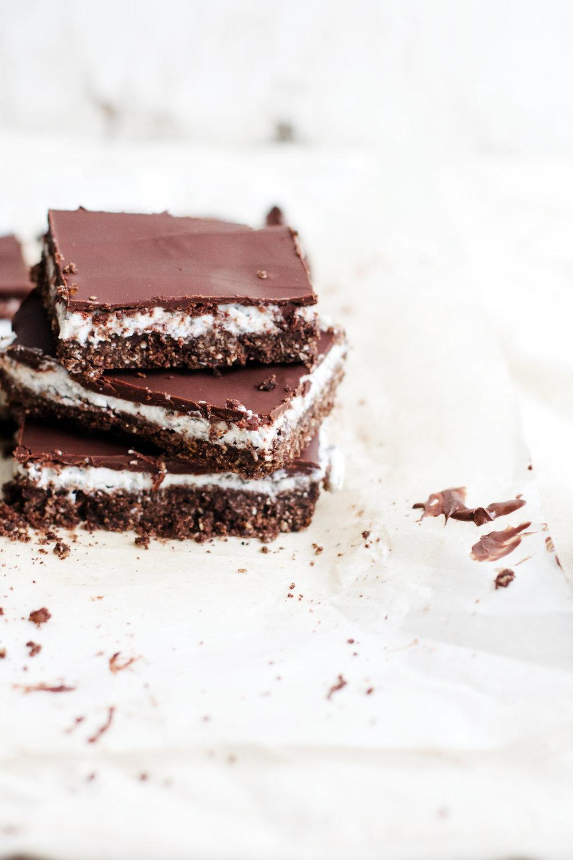 No-Bake Dark Chocolate Coconut Chia Bars {vegan, gluten-free, + almost raw} | Ruby Josephine