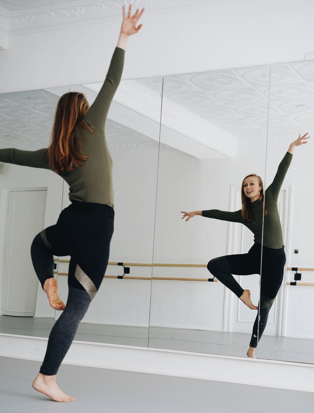 Regular Classes - Ruby teaches contemporary dance courses for ages 8-16 and adults at Le Conservatoire D'Art et Musique in Tangier, Morocco. If you are interested in joining, please contact the conservatory about class subscriptions.