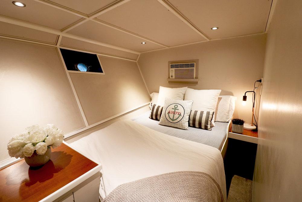 boat-interior-bedroom-2.jpg