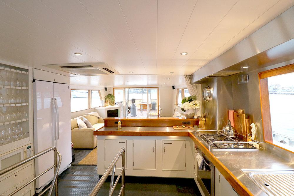 boat-interior-3.jpg