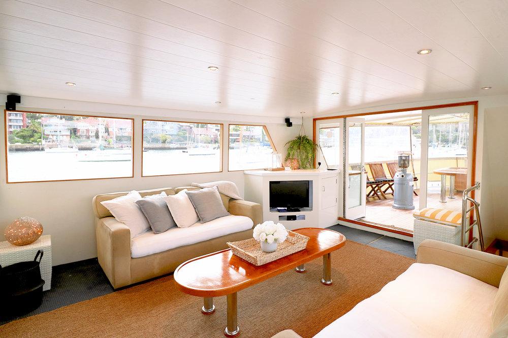 boat-interior-2.jpg