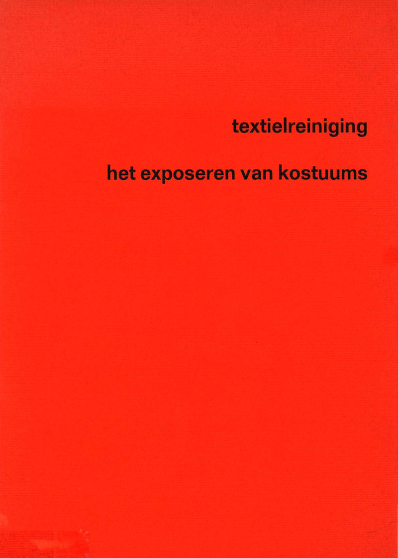 - Textielreiniging - Exposeren van kostuums1970-1971