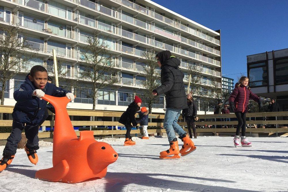 citymaking_publicspace_skating.JPG