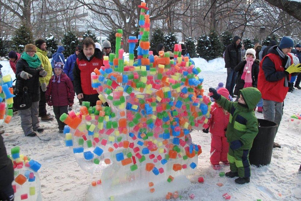2014_-Winterlude_Confederation-Park-011.jpg