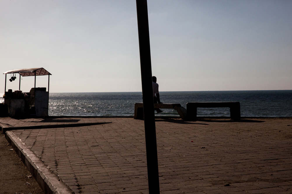Gaza_City_Corniche-Grey_Hutton_2.jpg