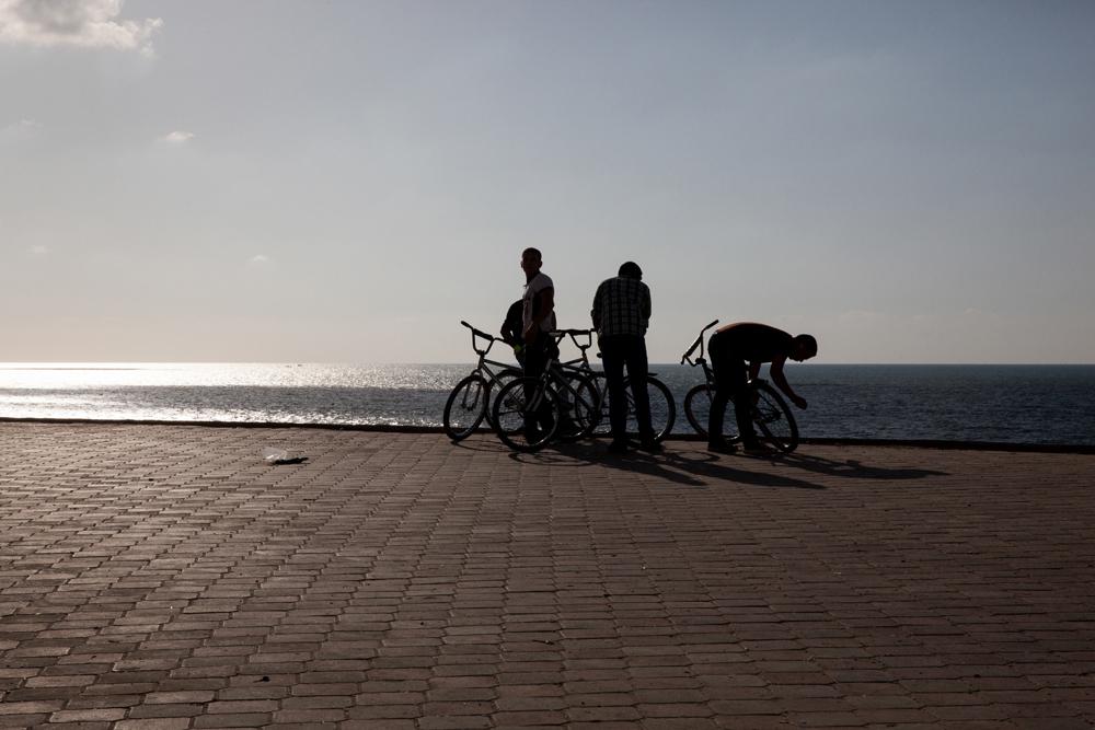 Gaza_City_Corniche-Grey_Hutton_3.jpg