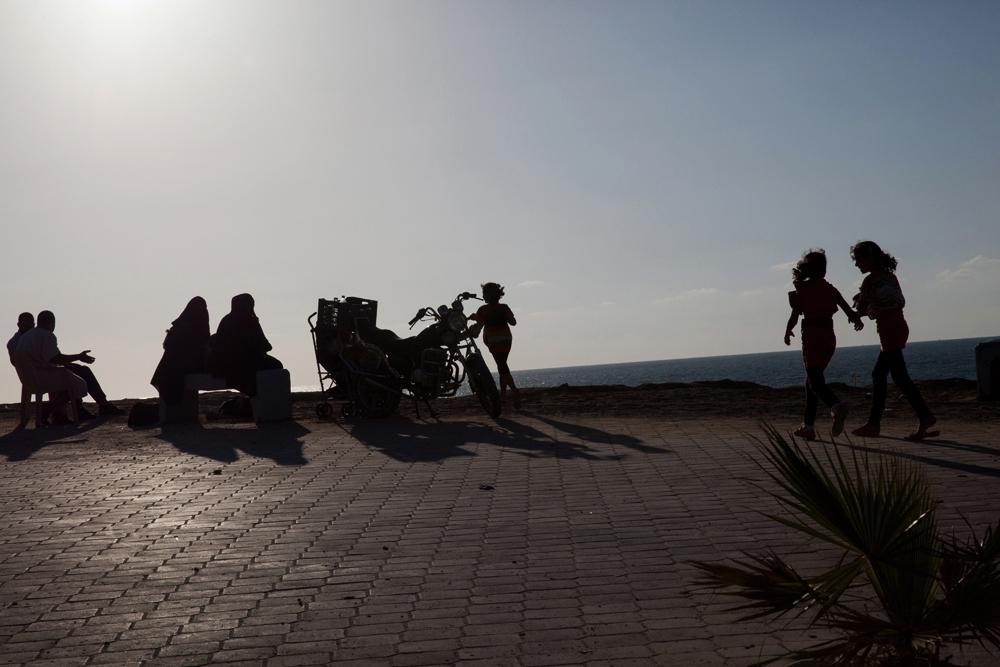 Gaza_City_Corniche-Grey_Hutton_13.jpg