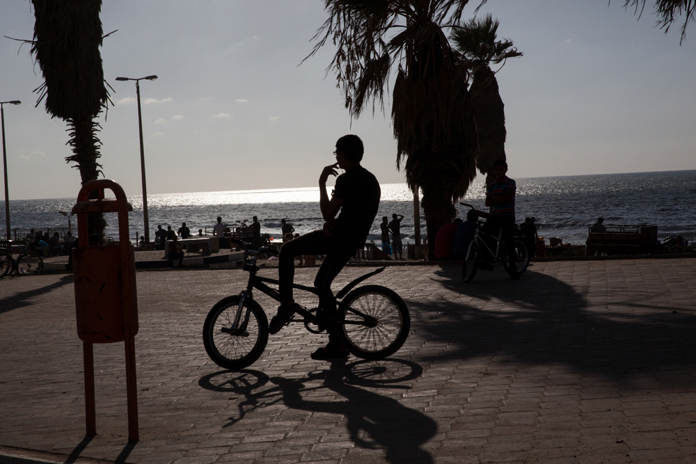 Gaza_City_Corniche-Grey_Hutton_12.jpg