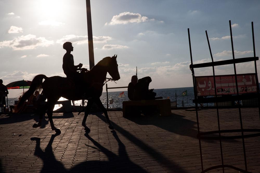 Gaza_City_Corniche-Grey_Hutton_15.jpg
