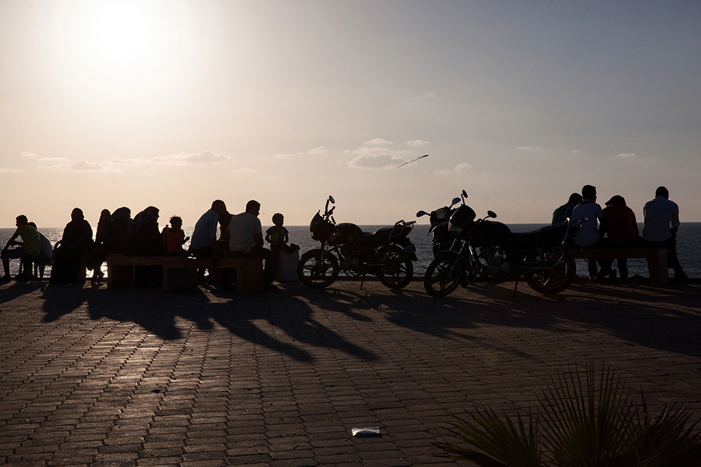 Gaza_City_Corniche-Grey_Hutton_16.jpg